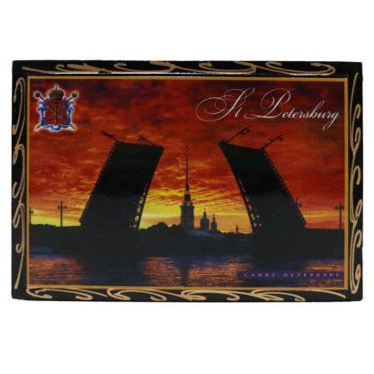 Шкатулка с разводными мостами и Петропавловской крепостью